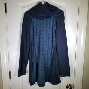 PRANA WOMANS HOODED PULLOVER SIZE XL